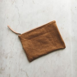 pouch-camel-3
